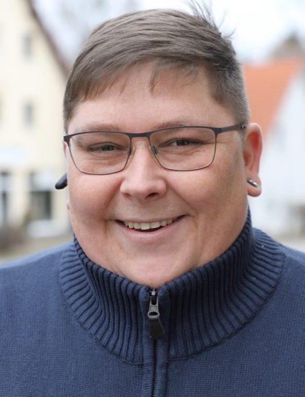 Gartenpflege: Ronny Wilke aus Schönwalde-Glien bietet Dienstleistungen für Haus und Garten an!