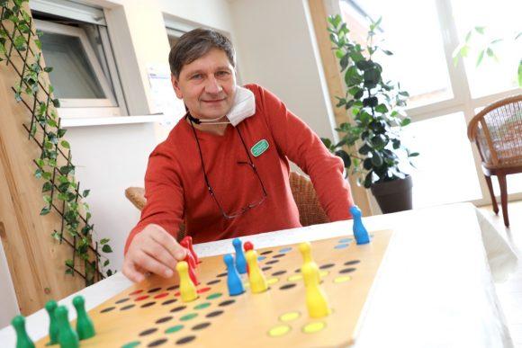 Die Ruhe am Wald: Senioren-Tagespflege in Schönwalde-Glien Ortsteil Dorf!