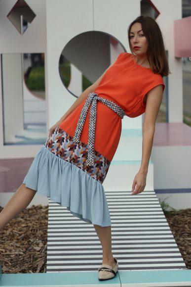"""Mode mit Streifen: Das Startup """"Lebensherrin"""" aus Wustermark bietet Mode für Frauen!"""