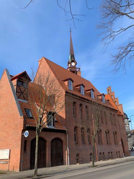 Bauarbeiten rund ums Rathaus Nauen fast abgeschlossen