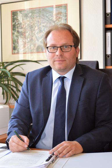 Nauens Bürgermeister Meger übt scharfe Kritik an Impfstoff-Lieferungsstopp
