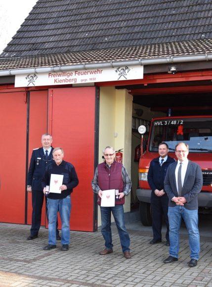 Ehrung für Feuerwehrleute in Tietzow