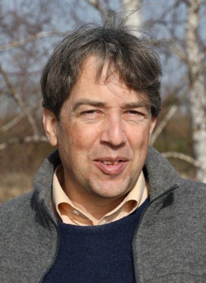 Bienenkunde in der Döberitzer Heide: Dr. Hannes Petrischak kennt sich mit den Wildbienen aus!
