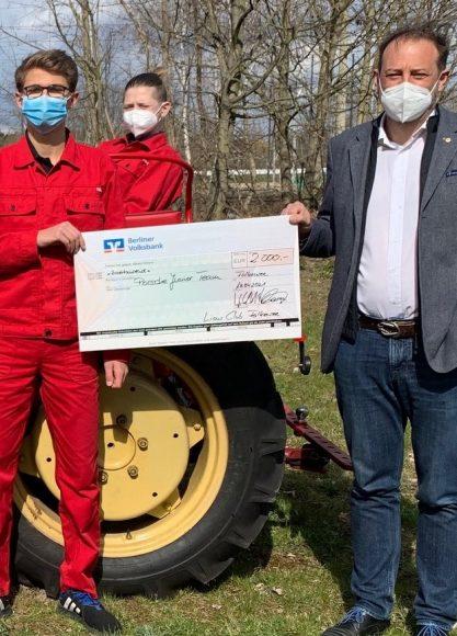 2.000 € für das Porsche Junior Team: Lions Club Falkensee spendet für vorbildliches Inklusionsprojekt