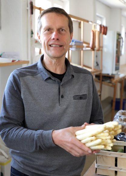 Es gibt ihn noch, den regionalen Spargel aus dem Havelland: Spargel satt aus Hoppenrade