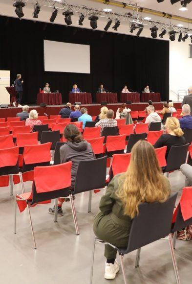 Wahlgespräch: Die Europa-Union lud in Falkensee zur Podiumsdiskussion mit den Direktkandidaten zur Bundestagswahl!
