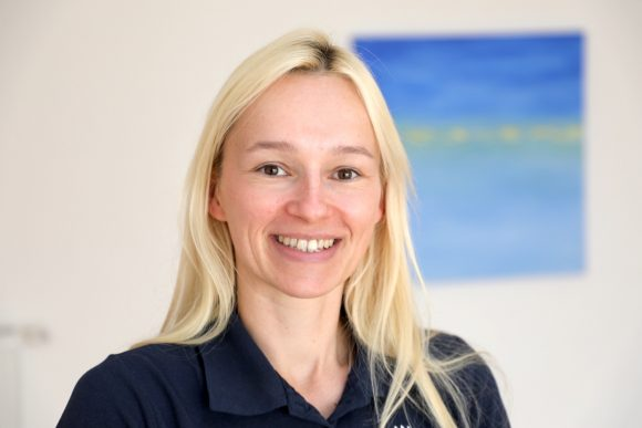 Nora Zimmer aus Falkensee: Schmerzfrei ohne Medikamente und Operation!