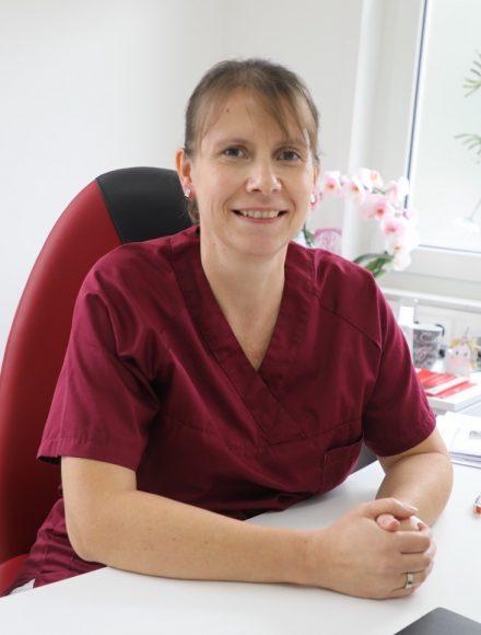 Dr. med Anja Schirbel: Es gibt eine neue gastroenterologische Praxis in Falkensee!